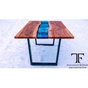 Bangor dining table