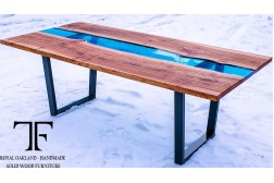 Bangor dining table