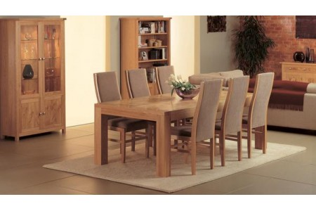 Stanis dining table