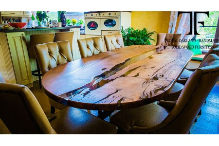 Worcester dining table